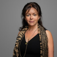 Dr Elina Safro